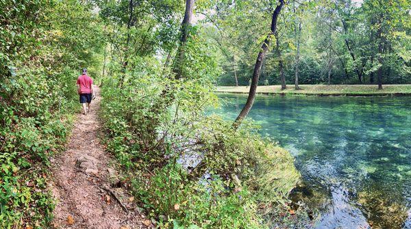 Hiking Maramec Springs MO thumbnail