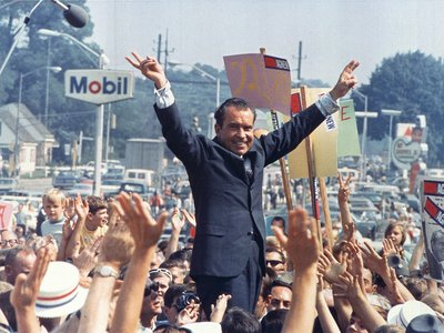 Nixon campaigning during the 1968 election