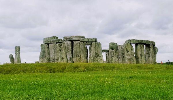 Stonehenge in its Full Glory thumbnail