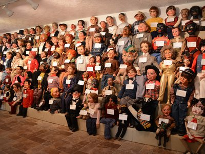 The Vent Haven Museum in Kentucky is home to nearly 1,000 dummies once belonging to ventriloquists from around the world.
