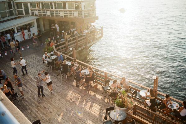 Cafe on an embankment thumbnail