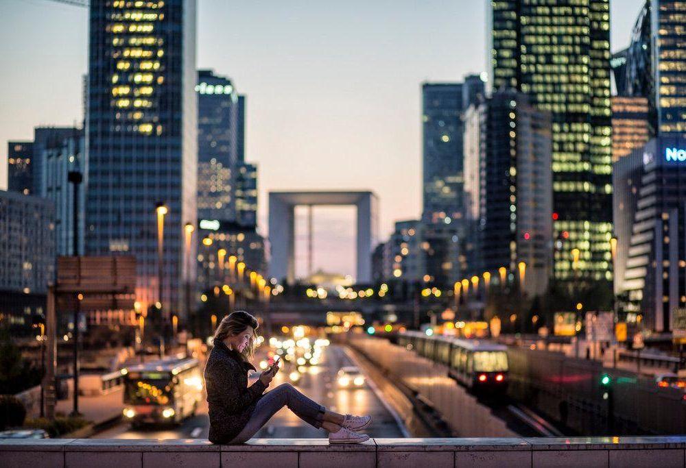 smartphone in city