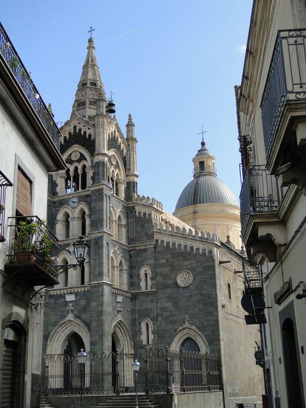 Basilica of Santa Maria thumbnail