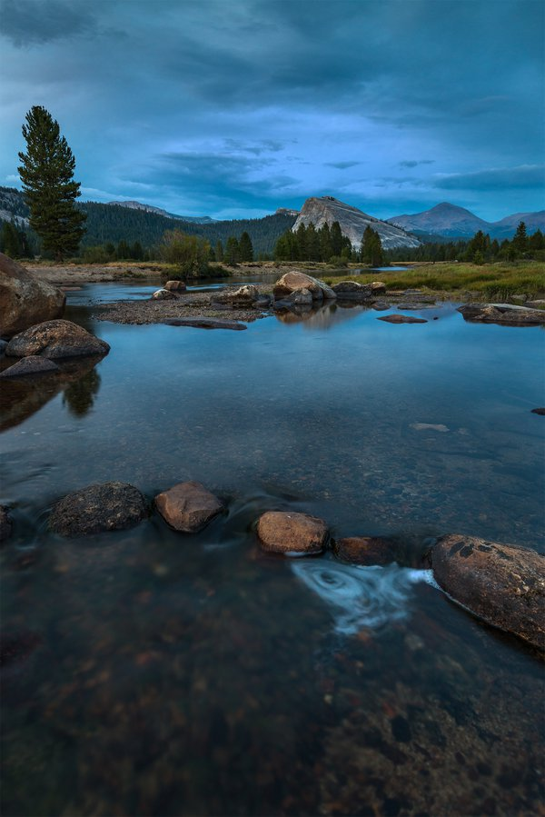 Blue hour in Tuolumne Meadows thumbnail