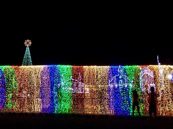 Christmas Lights Show thumbnail