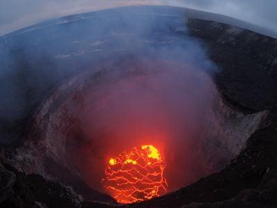 The Kilauea volcano's Halema'uma'u lava lake as it appeared on Monday.