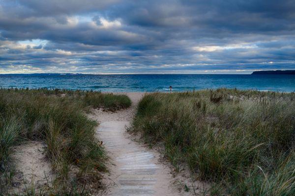 A walkway to Lake Michigan thumbnail
