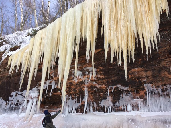 Icicles on the Island thumbnail