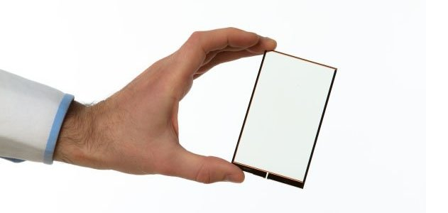 smartphone charge solar power