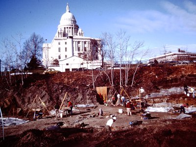 Photo of 1982 excavation at North Shore site