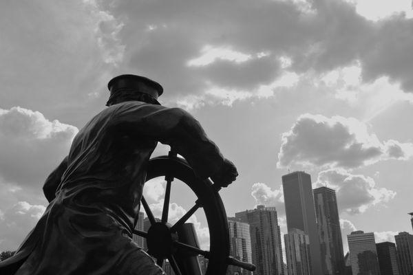 Navy Pier statue thumbnail