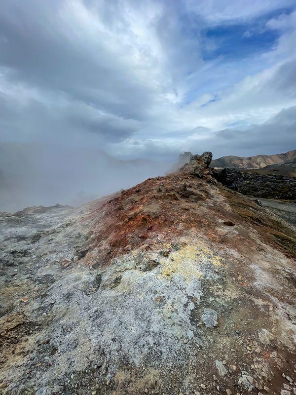 Fumarole in Landmannalaugar thumbnail
