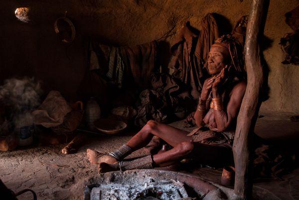 Old Himba woman thumbnail