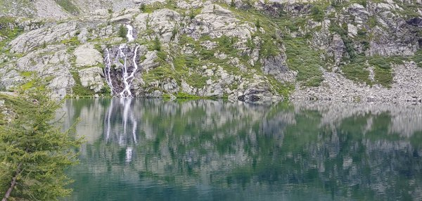 Vercoche, an alpine lake thumbnail