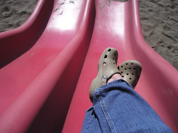 Croc feet at the top of a red slide thumbnail