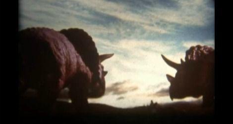 20110928112008dinosaurs-terrible-film.jpg