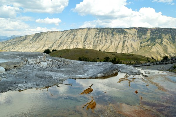 Colourful hot pool in Yellowstone National Park thumbnail