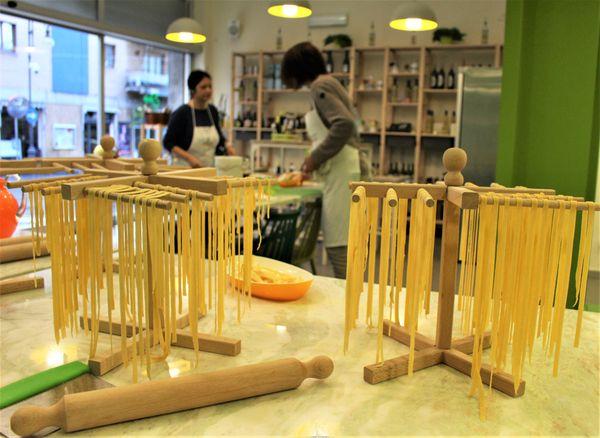 Drying Pasta thumbnail