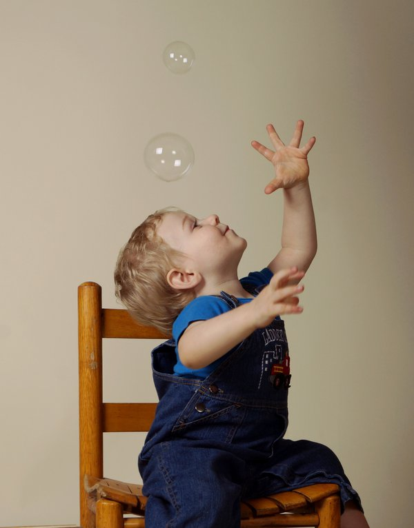 A Toddler and his Bubbles thumbnail