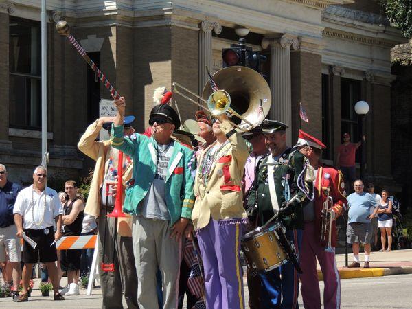 Band of clowns thumbnail