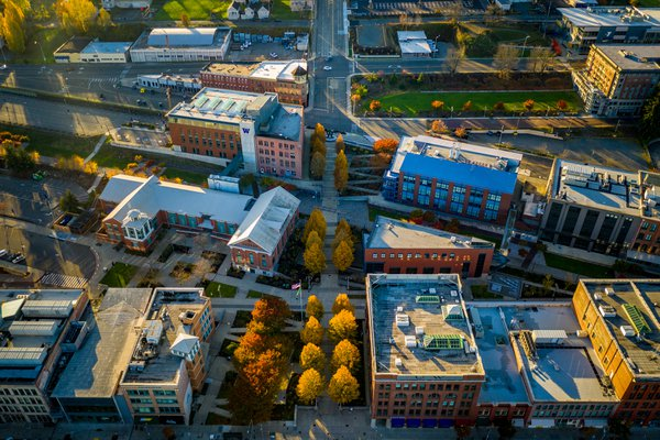 Fall College Campus thumbnail