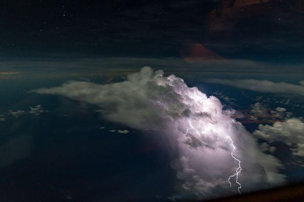 Caribbean Lightning thumbnail