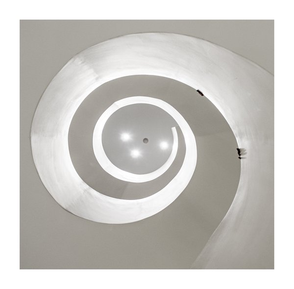 Barney's Spiral Staircase 2, Chelsea, NY  thumbnail