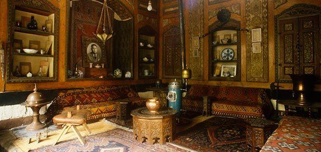 sitting area of Beit Mourad Farhi