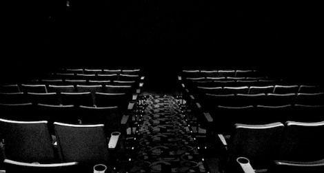 Movie-theater-seating-470.jpg