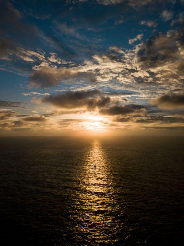 Sailing close to sunset thumbnail