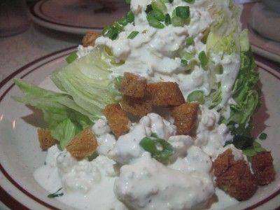 20110520090042wedge-salad-400x300.jpg