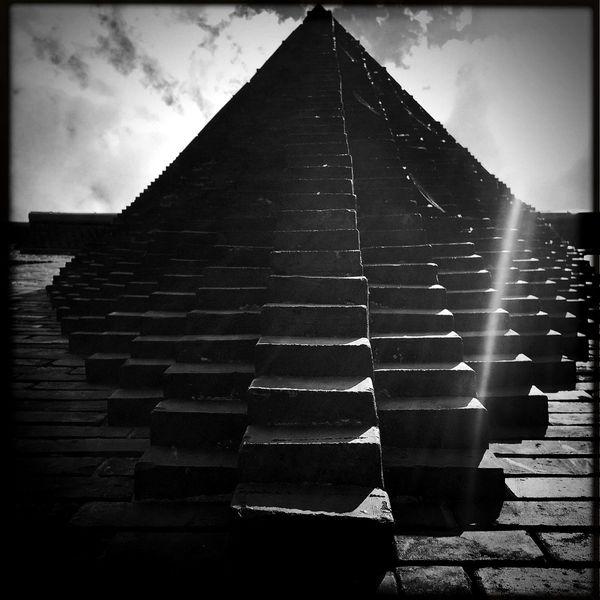 Urban Pyramid thumbnail