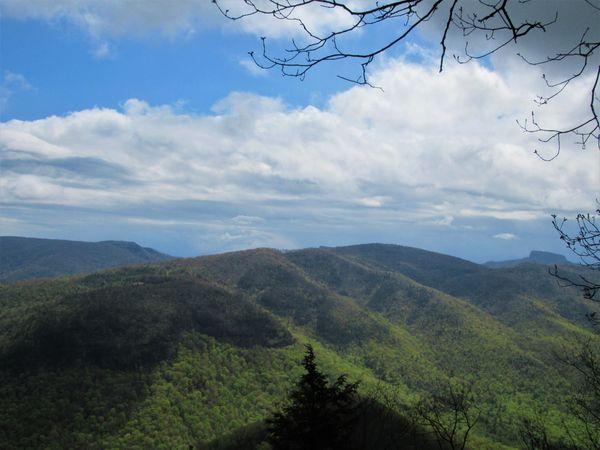 Overlook on the Blue Ridge Parkway thumbnail
