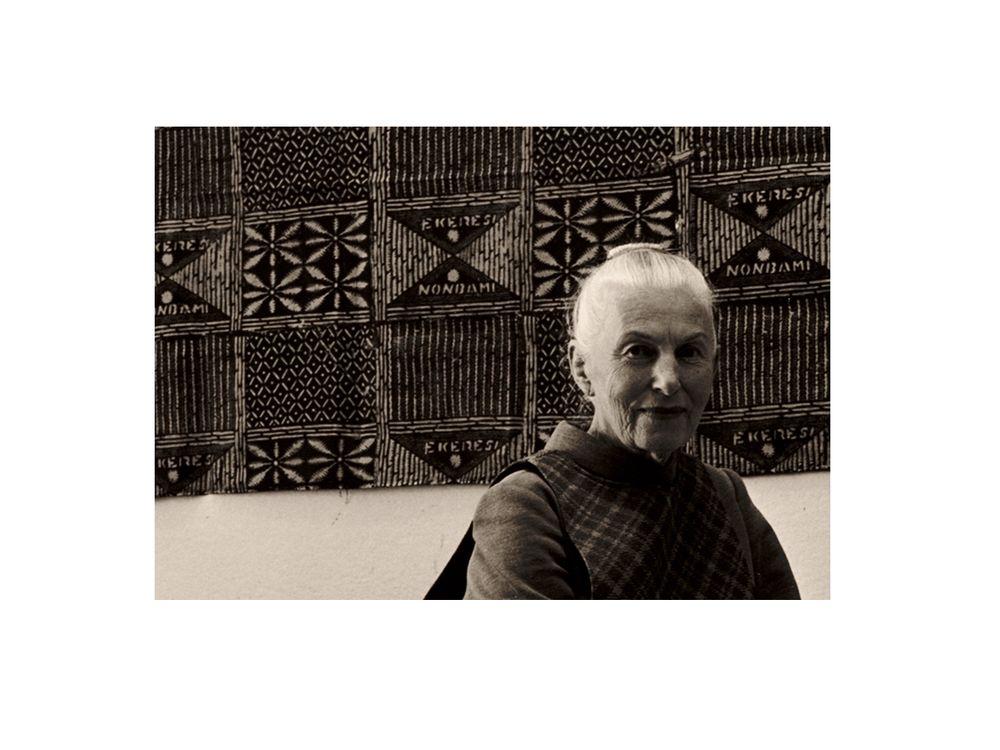 Dorr Bothwell in her studio (detail), 1967 / Bill Foote, photographer. Dorr Bothwell papers, Archives of American Art, Smithsonian Institution.