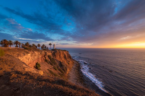 Beautiful Point Vicente Lighthouse at Sunset thumbnail