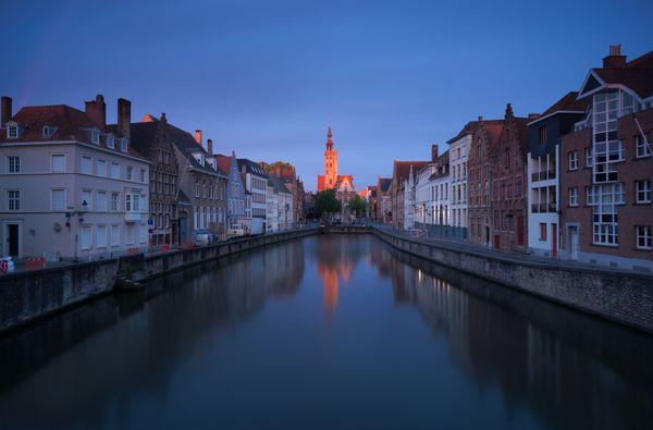 Sunrise near Poortersloge of Brugge thumbnail