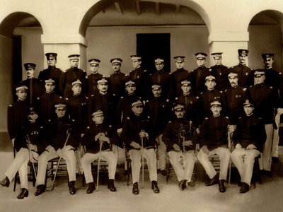 Puerto Ricans were granted U.S. citizenship on the eve of America's entry into the First World War. This picture comes from 1906 and shows the officer staff of the Regiment of Infantry.