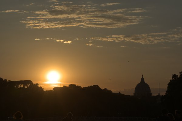 Sunset on the tiber thumbnail