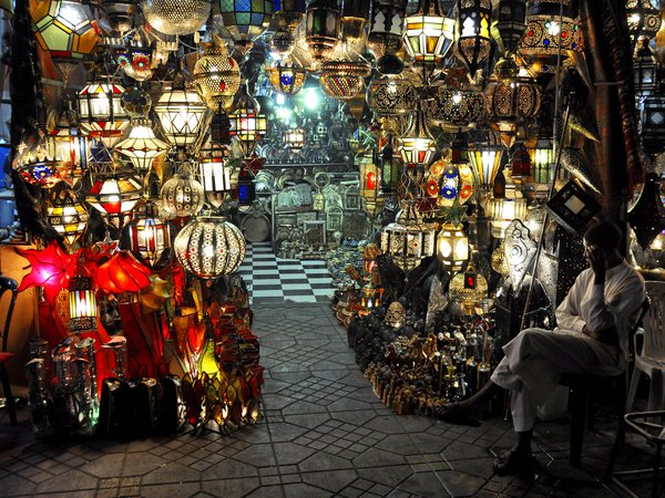 Light stall, Marrakech market, Morocco thumbnail
