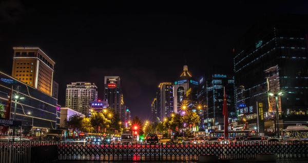 Night scene in Xi'an thumbnail