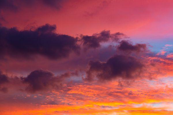 Dramatic sunset sky thumbnail