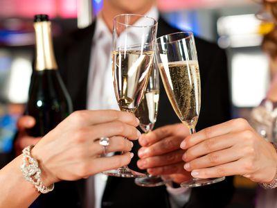 A new study investigates booze in bars.