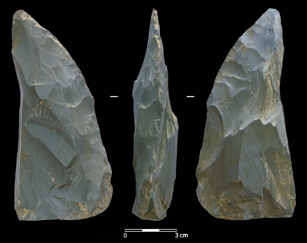Neanderthals May Have Trekked 2,000 Miles to Siberia