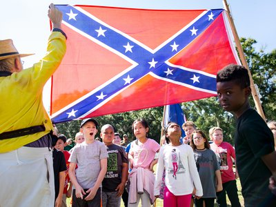 At Beauvoir this past October, Jim Huffman, a member of the Sons of Confederate Veterans, showed students the 1863 battle flag of the Army of Tennessee.