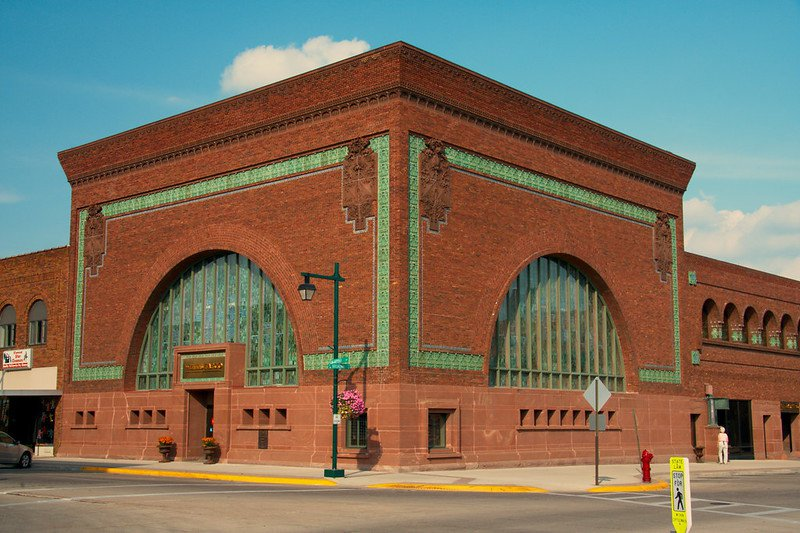 Seven Spots Where You Can See Big-Name Architecture in Small-Town America
