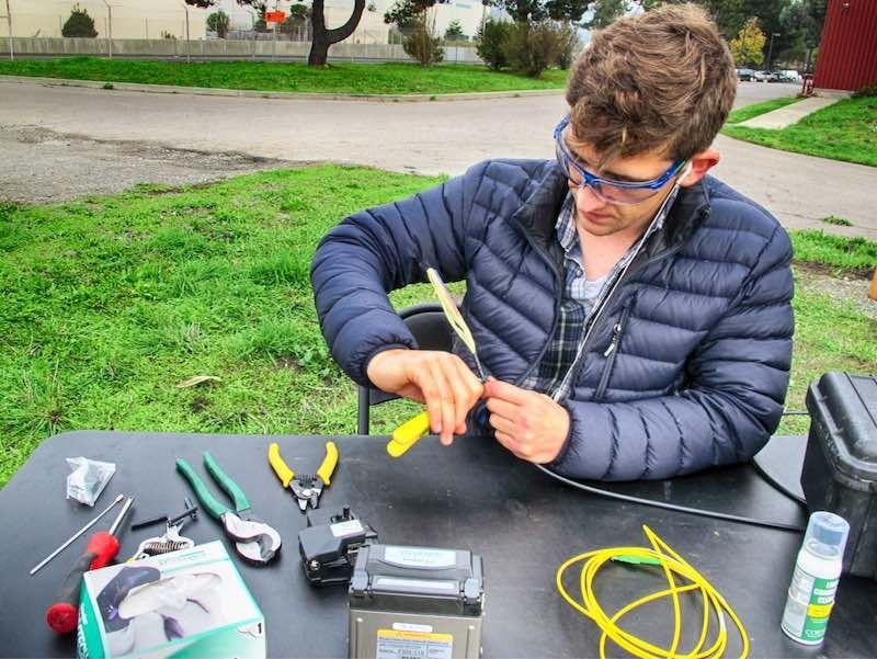 Could Fiber Optics Detect Earthquakes?
