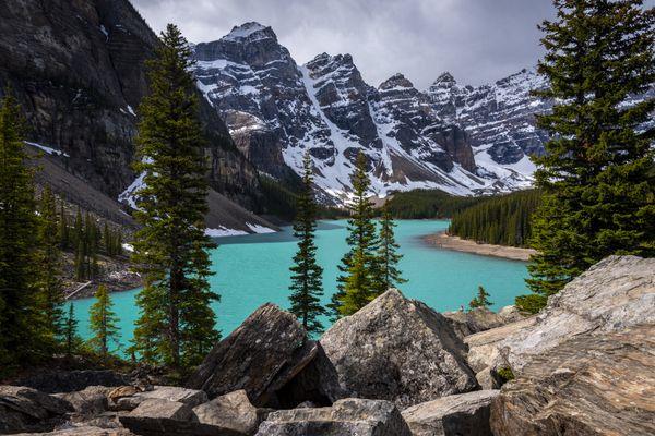 Moraine Lake in Banff National Park. thumbnail