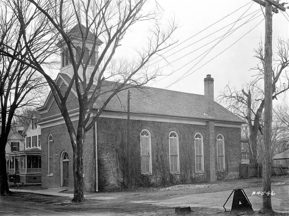 First Baptist Church structure on South Nassau Street