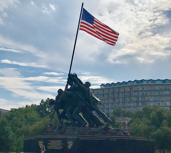 Iwo Jima Monument thumbnail
