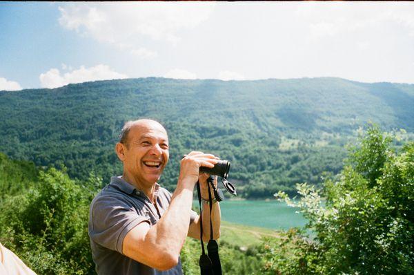Bird watching on Zavojsko Lake thumbnail